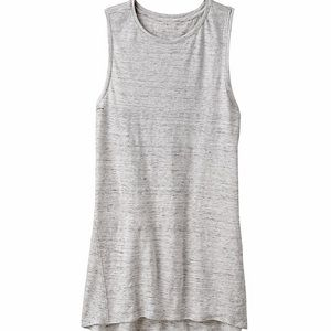 BENCH // keyhole tank top